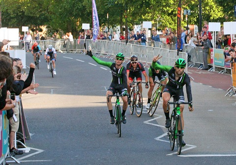 8O3Y0291_Bristol_GP16_2nd-3rd-4th_Pedal_Heaven_(winner Rory_Townsend_Pedal_Heaven)_PhSpt